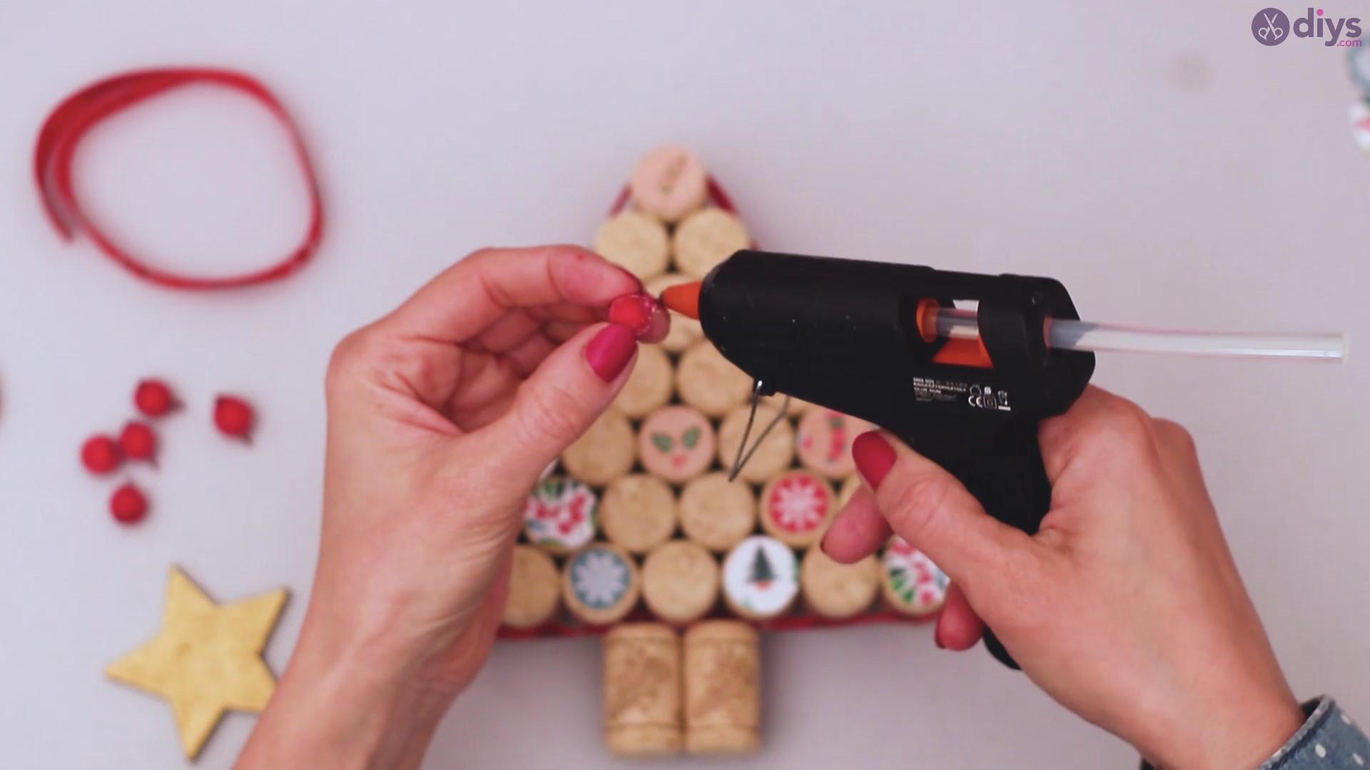 Diy wine cork christmas tree (51)