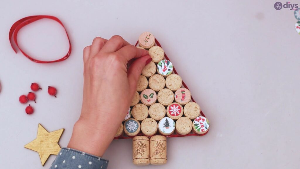 Diy wine cork christmas tree (52)