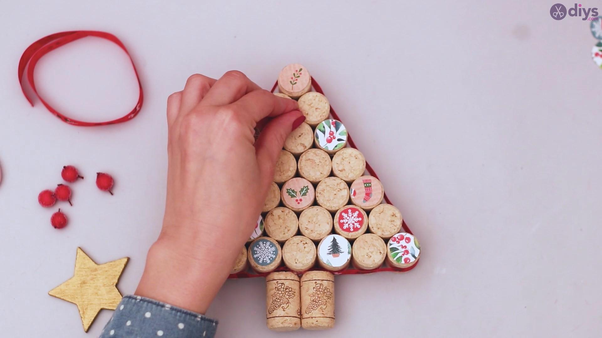 Diy wine cork christmas tree (52)