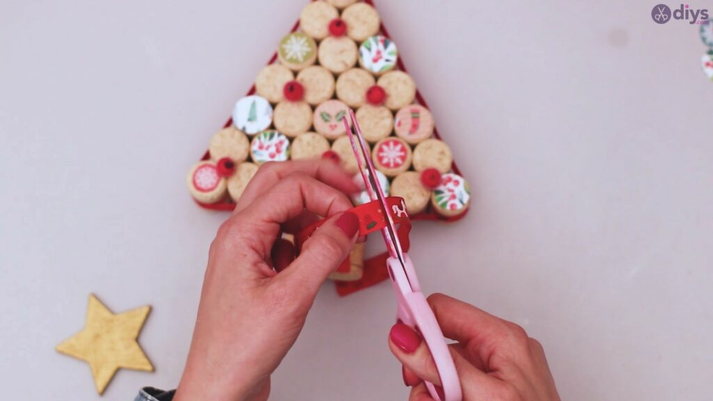Diy wine cork christmas tree (55)