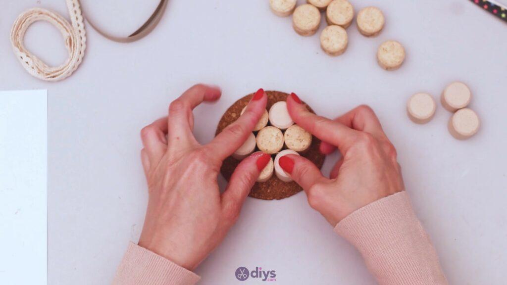 Diy wine cork coaster (24)
