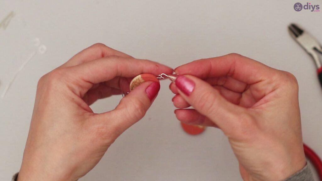 Diy wine cork earring (38)