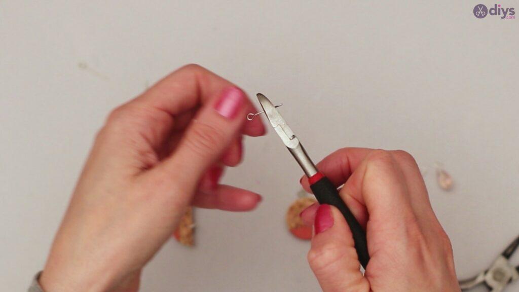 Diy wine cork earring (44)