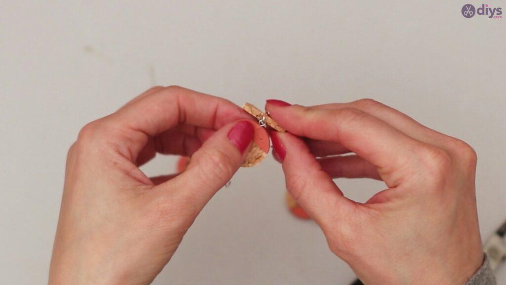 Diy wine cork earring (48)