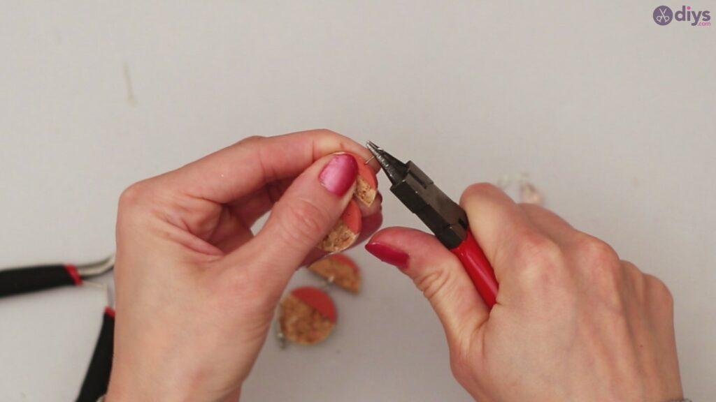 Diy wine cork earring (54)