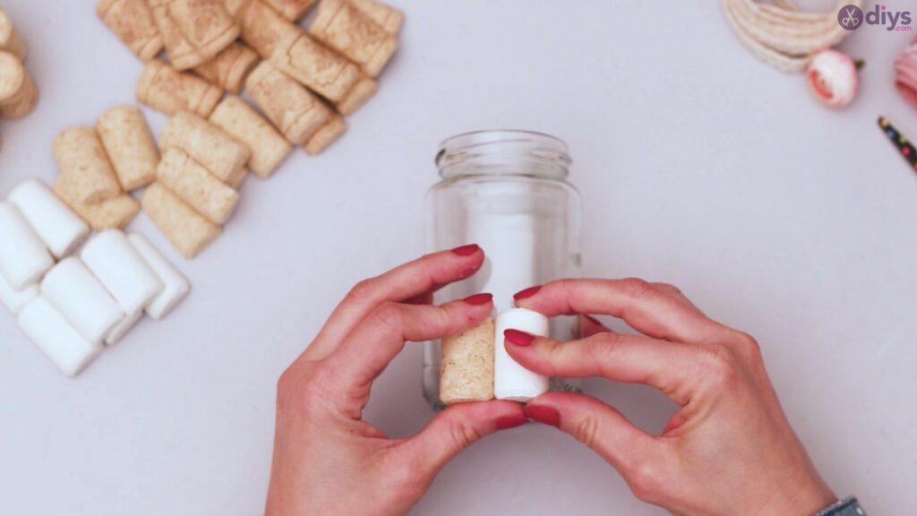 Diy wine cork flower vase (10)