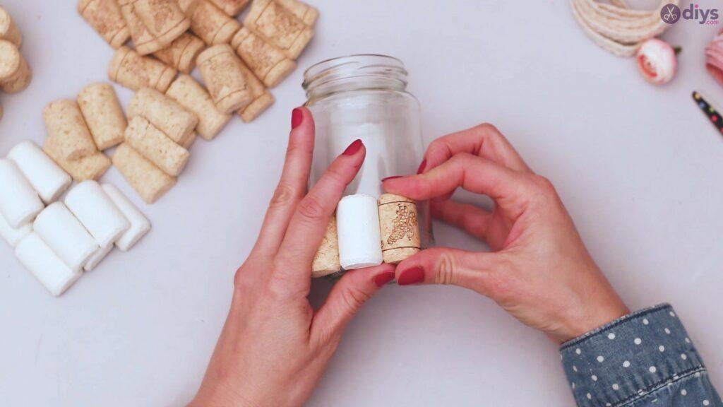 Diy wine cork flower vase (11)