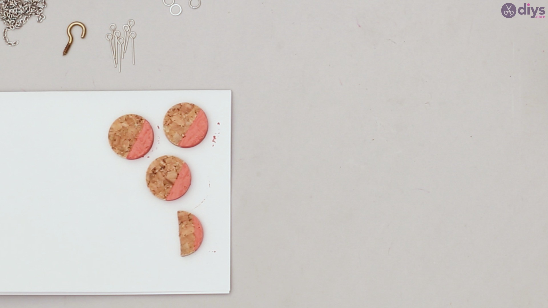 Diy wine cork necklace (10)