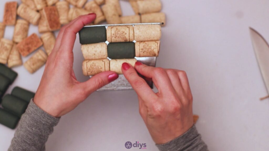 Diy wine cork planter (18)