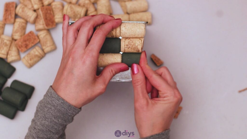 Diy wine cork planter (19)