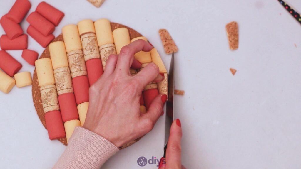 Diy wine cork trivet (31)
