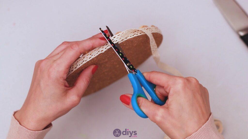 Diy wine cork trivet (45)