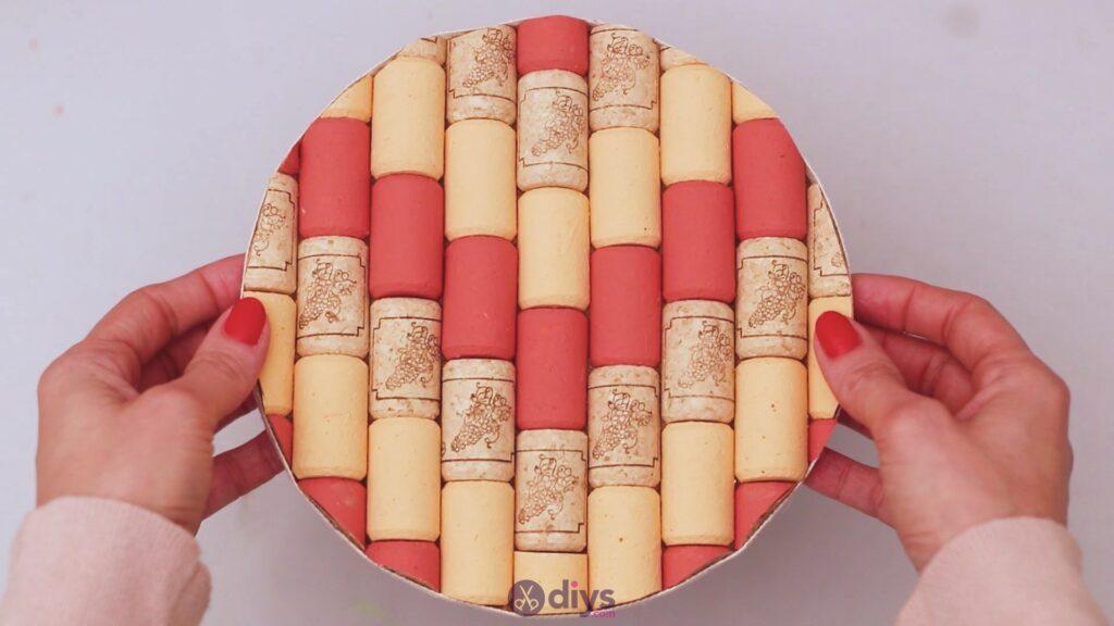 Diy wine cork trivet (47)