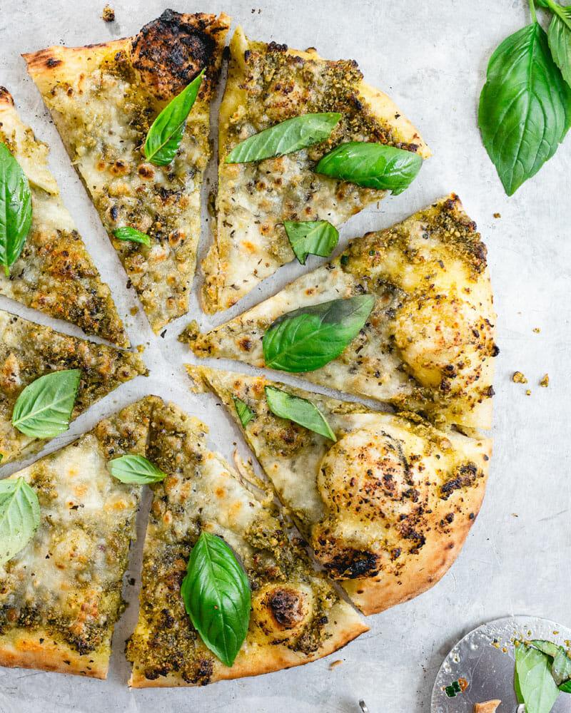 Все пицца с базиликом