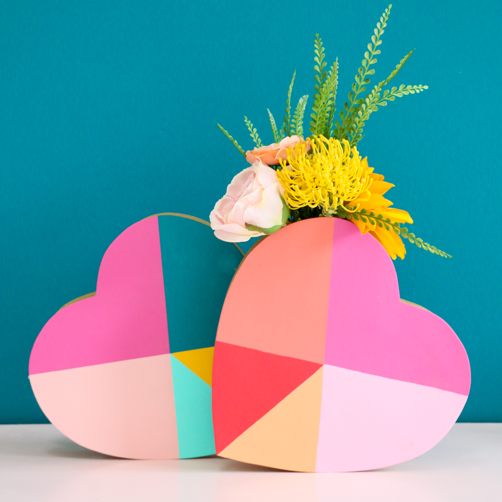 Geometric heart vase