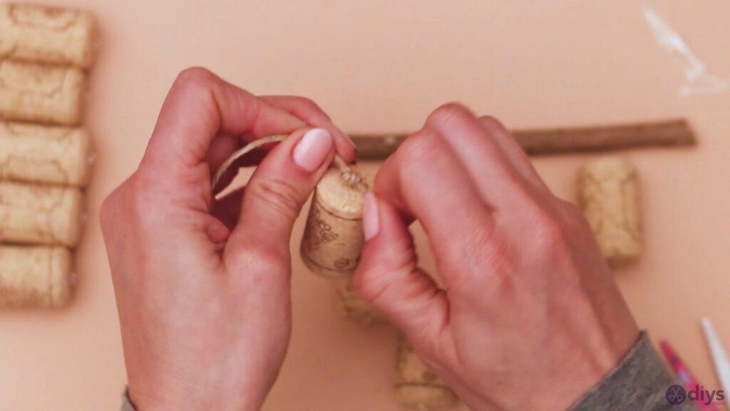Hanging wine corks (10)