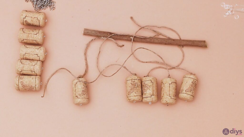 Hanging wine corks (12)