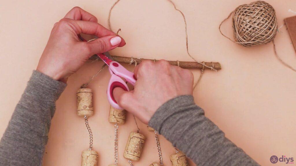 Hanging wine corks (47)