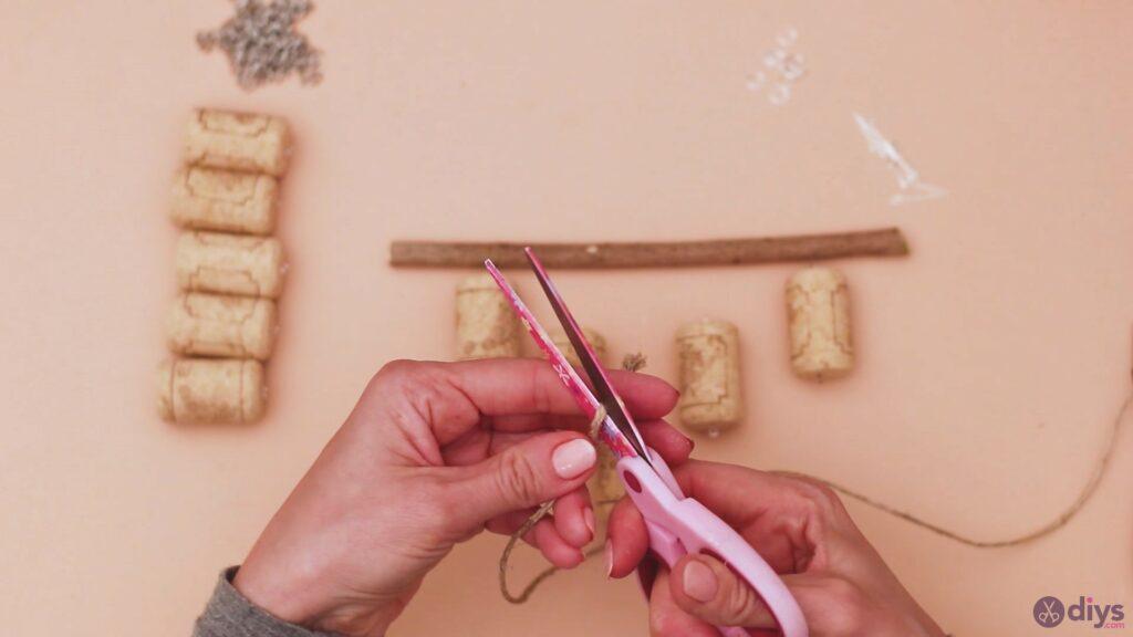 Hanging wine corks (7)