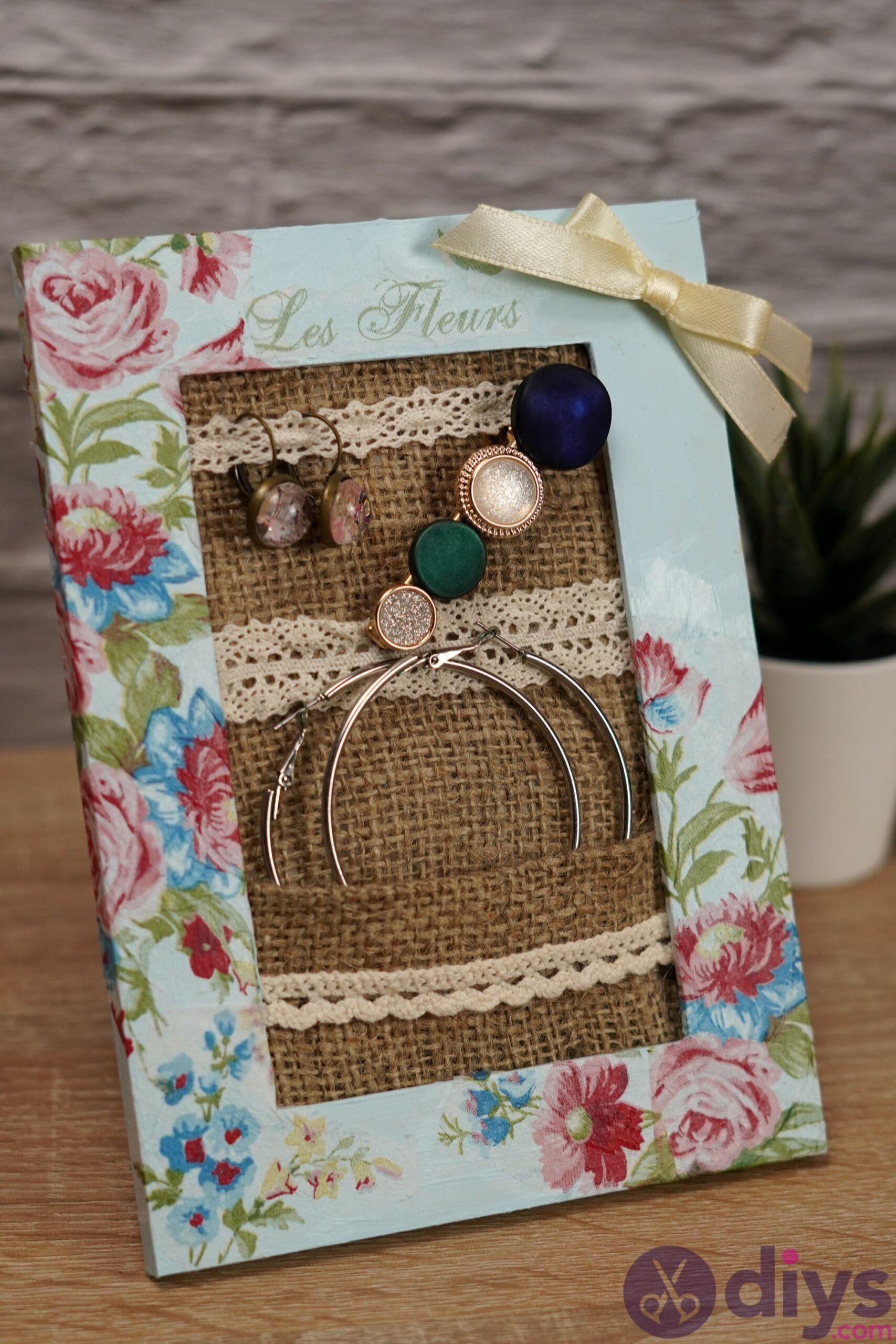 Jewelry organizer photo frame (7)