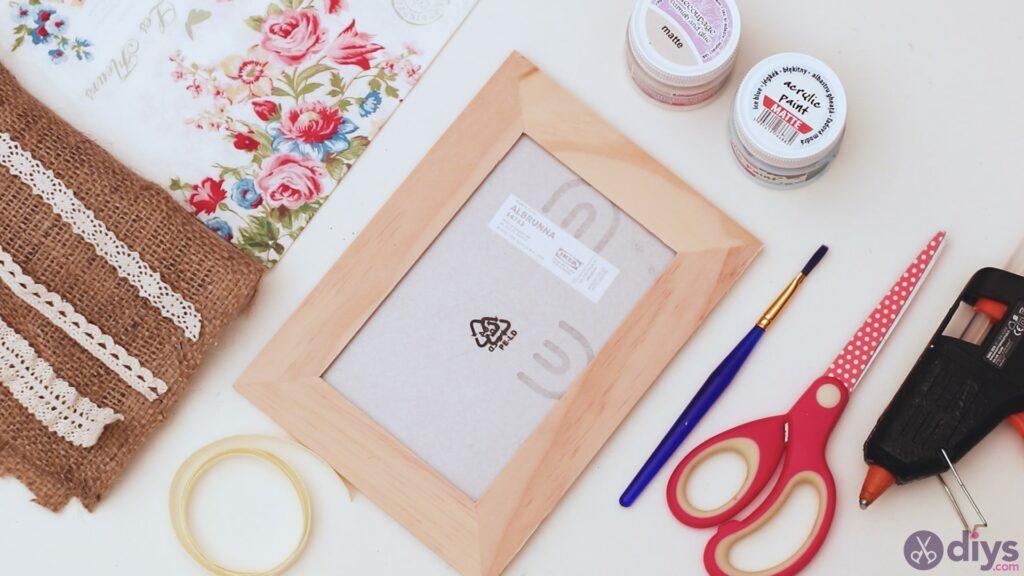 Jewelry organizer photo frame materials