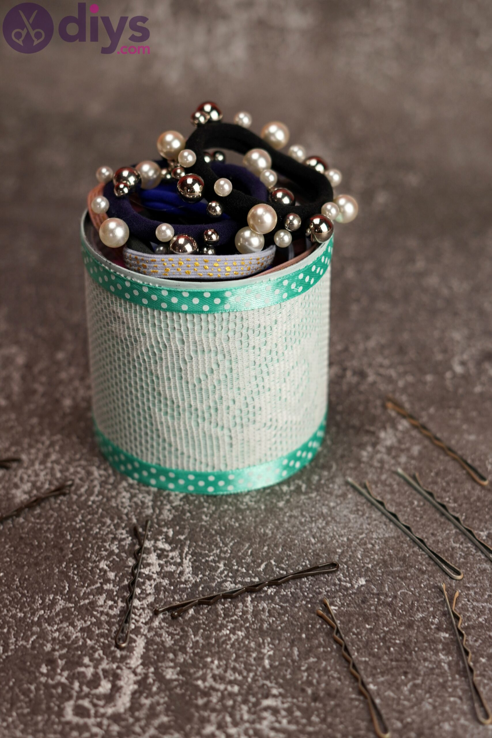Lace tin can holder (2)