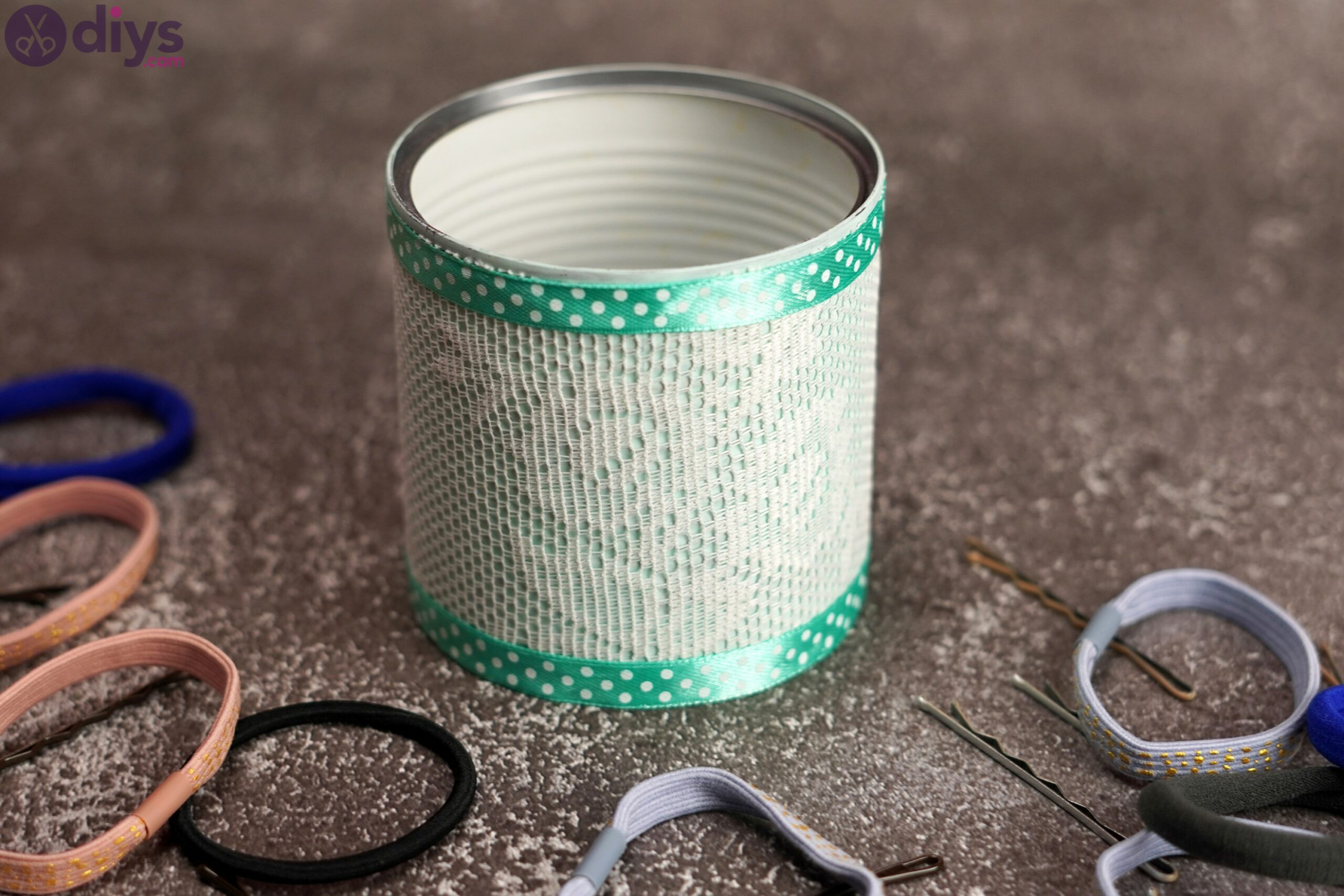 Lace tin can holder (6)