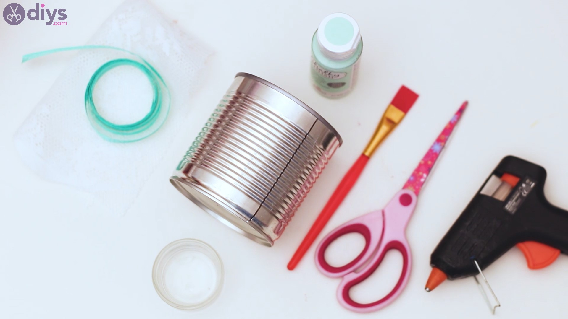 Lace tin can holder material