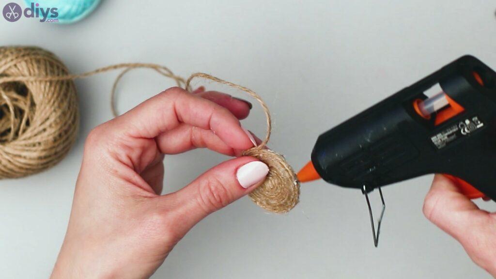 Raffia tassle earrings steps (10)