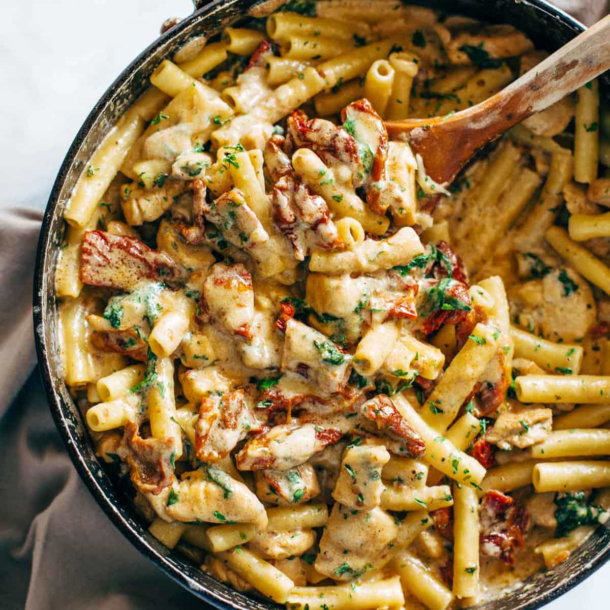 Sun dried tomato chicken pasta with spinach recipe