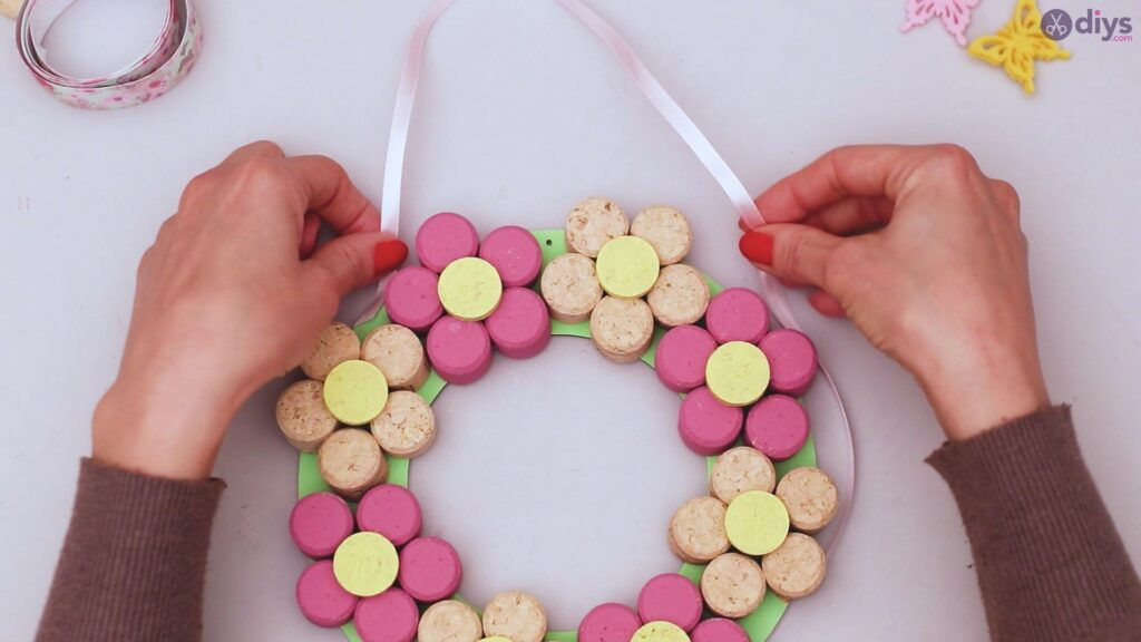 Wine cork floral wreath (38)