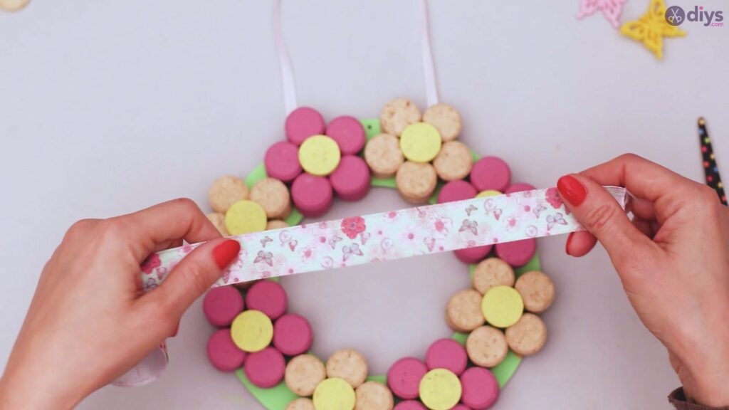 Wine cork floral wreath (44)