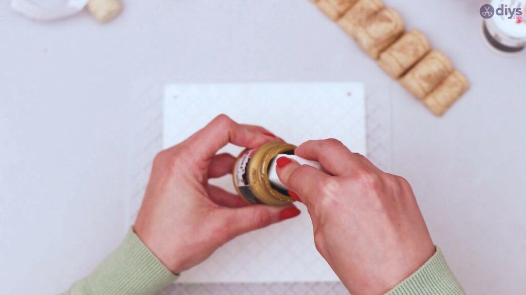 Wine cork jewellery holder (10)