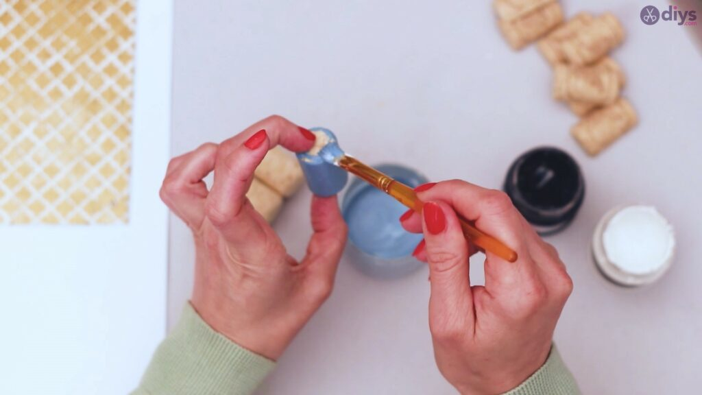 Wine cork jewellery holder (19)