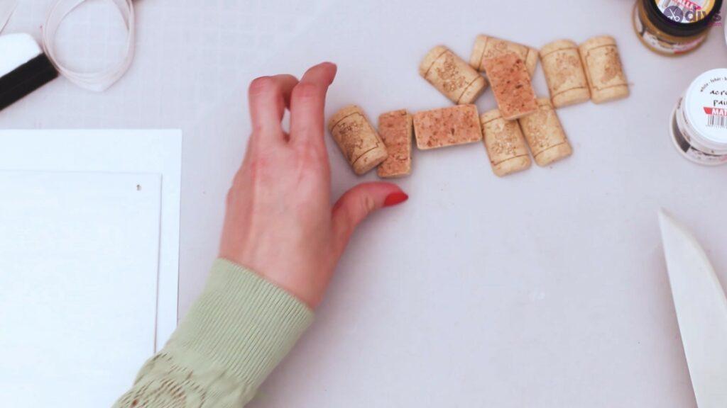 Wine cork jewellery holder (8)
