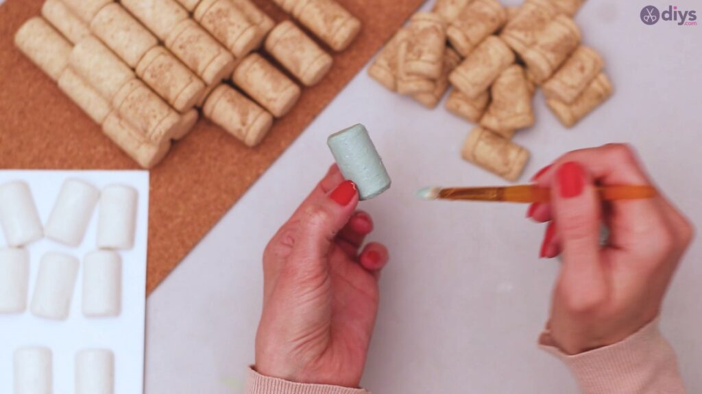 Wine cork napkin holder (12)