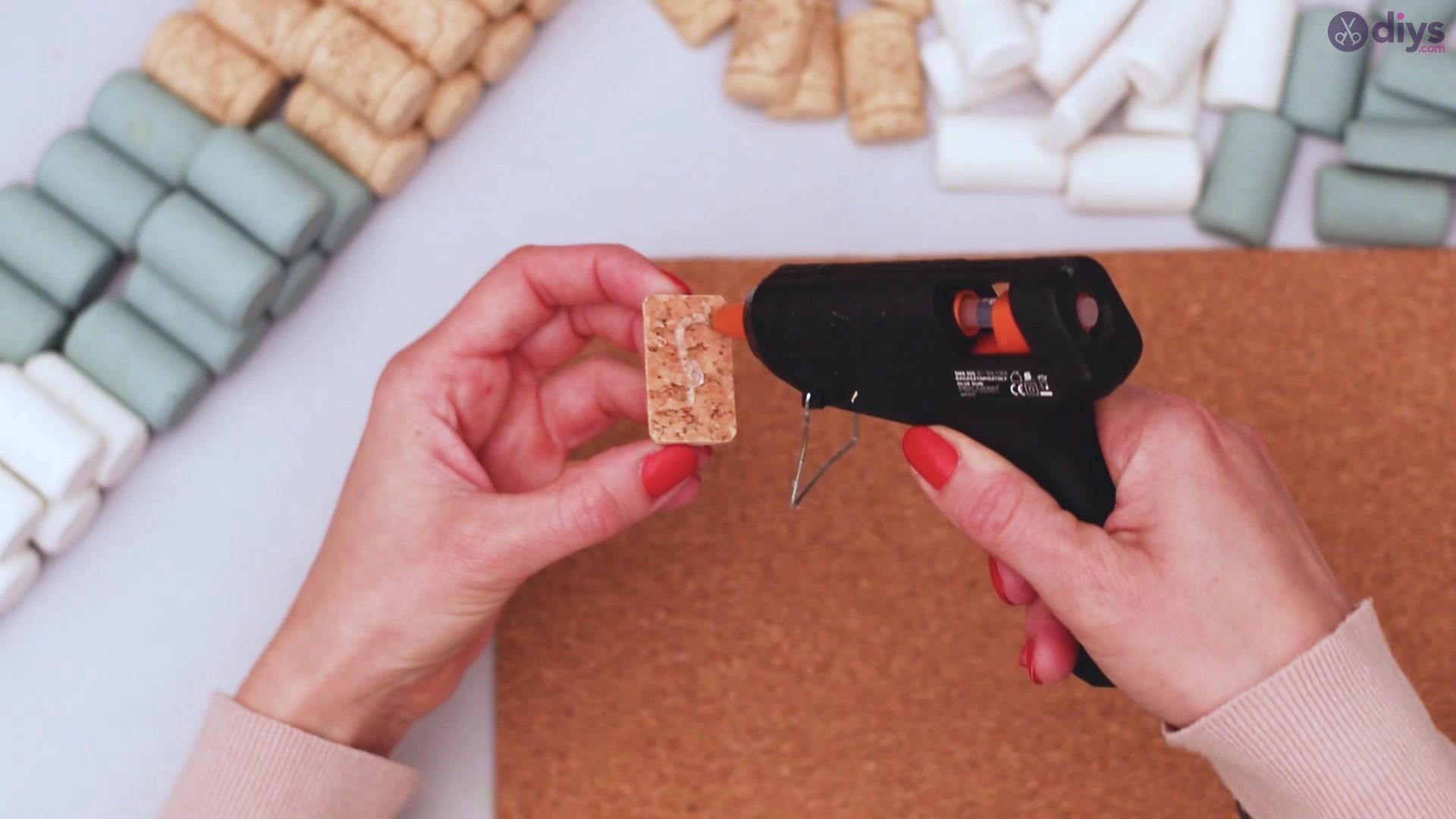 Wine cork napkin holder (19)