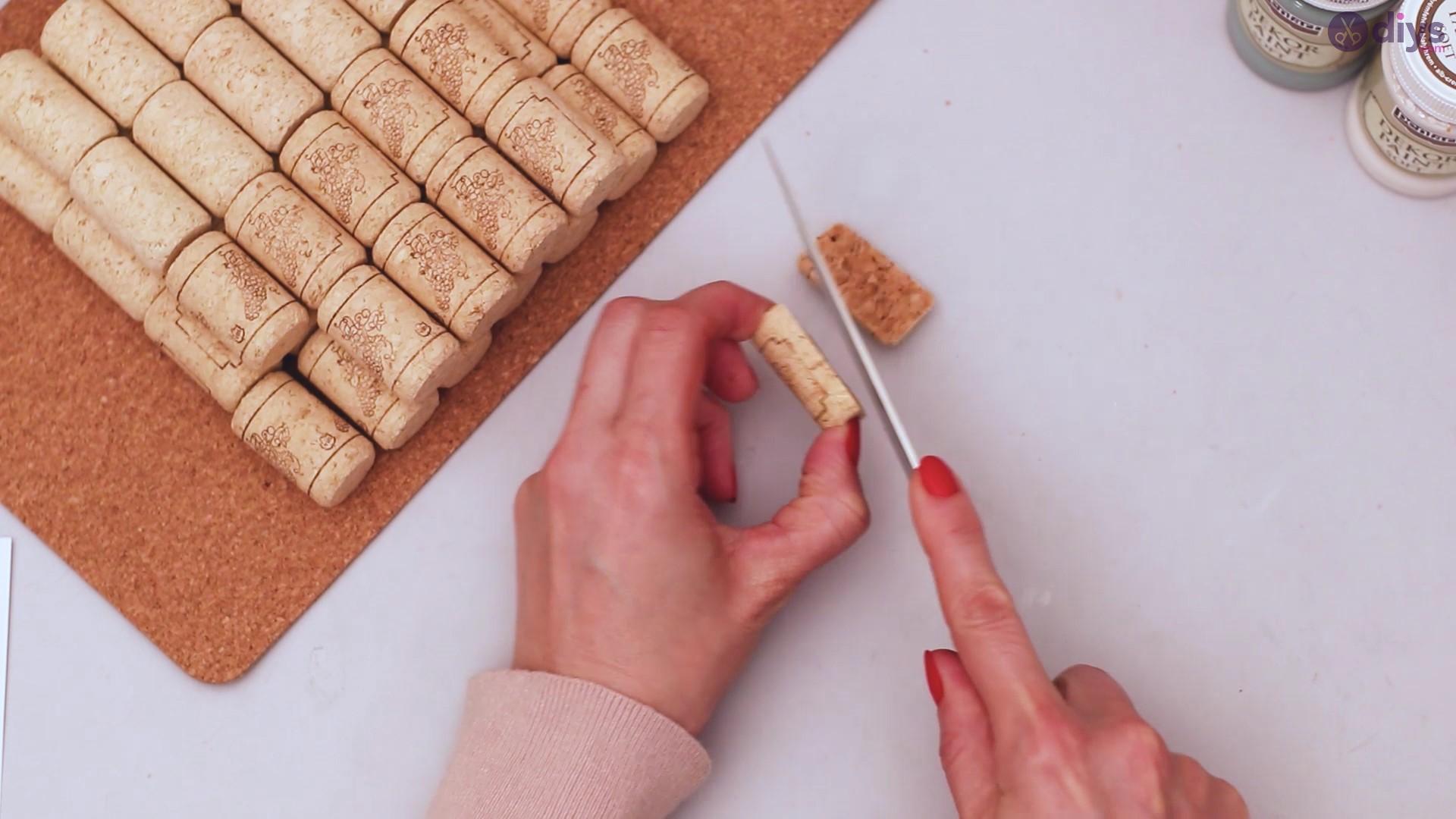 Wine cork napkin holder (2)