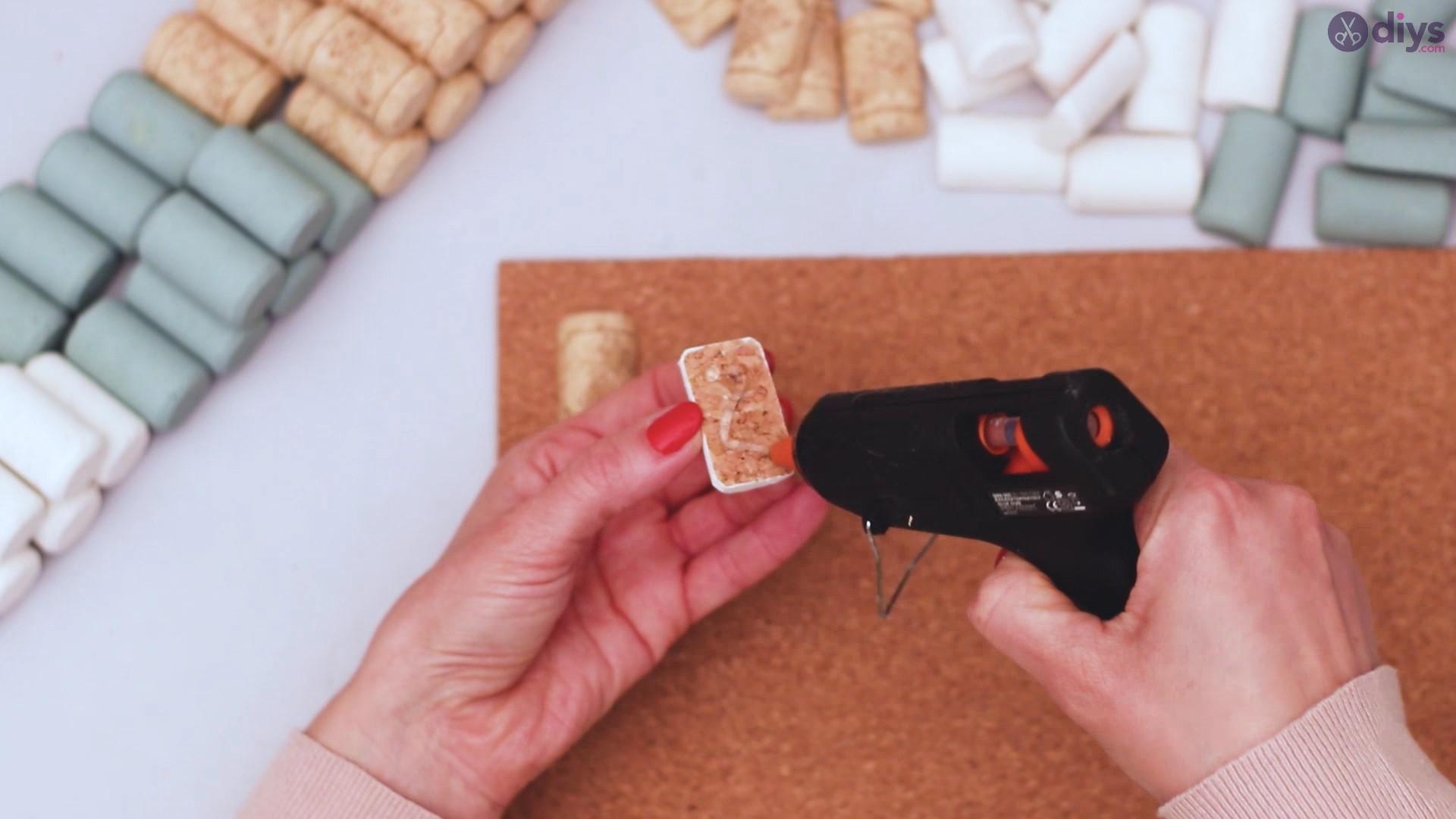 Wine cork napkin holder (21)