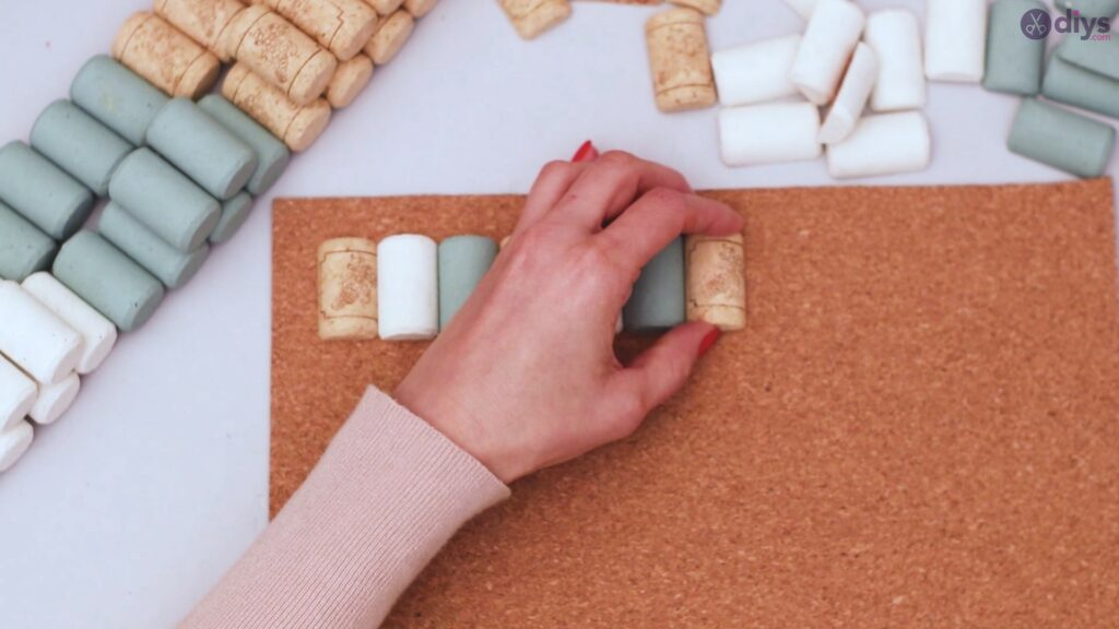 Wine cork napkin holder (23)