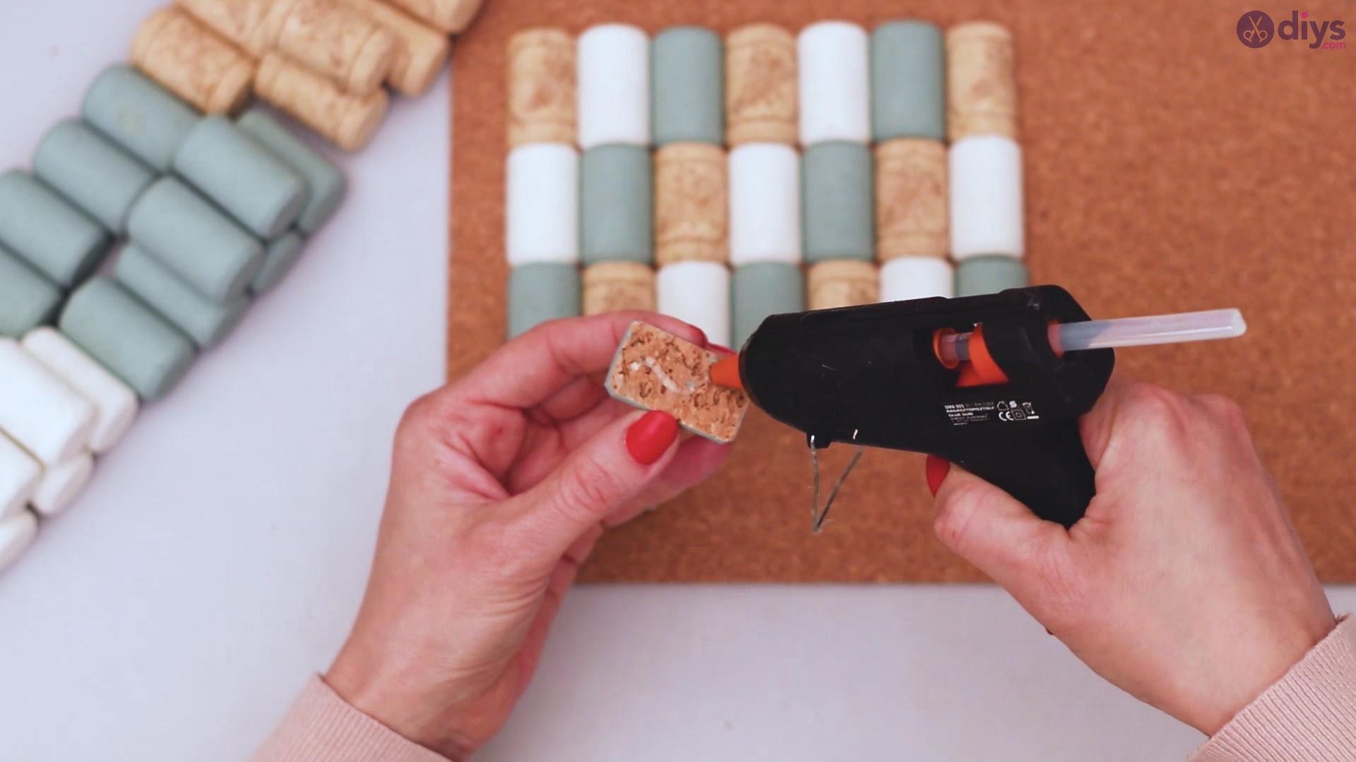 Wine cork napkin holder (24)
