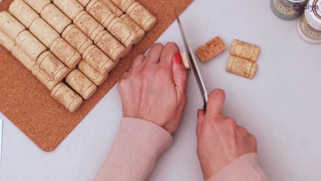 Wine cork napkin holder (3)