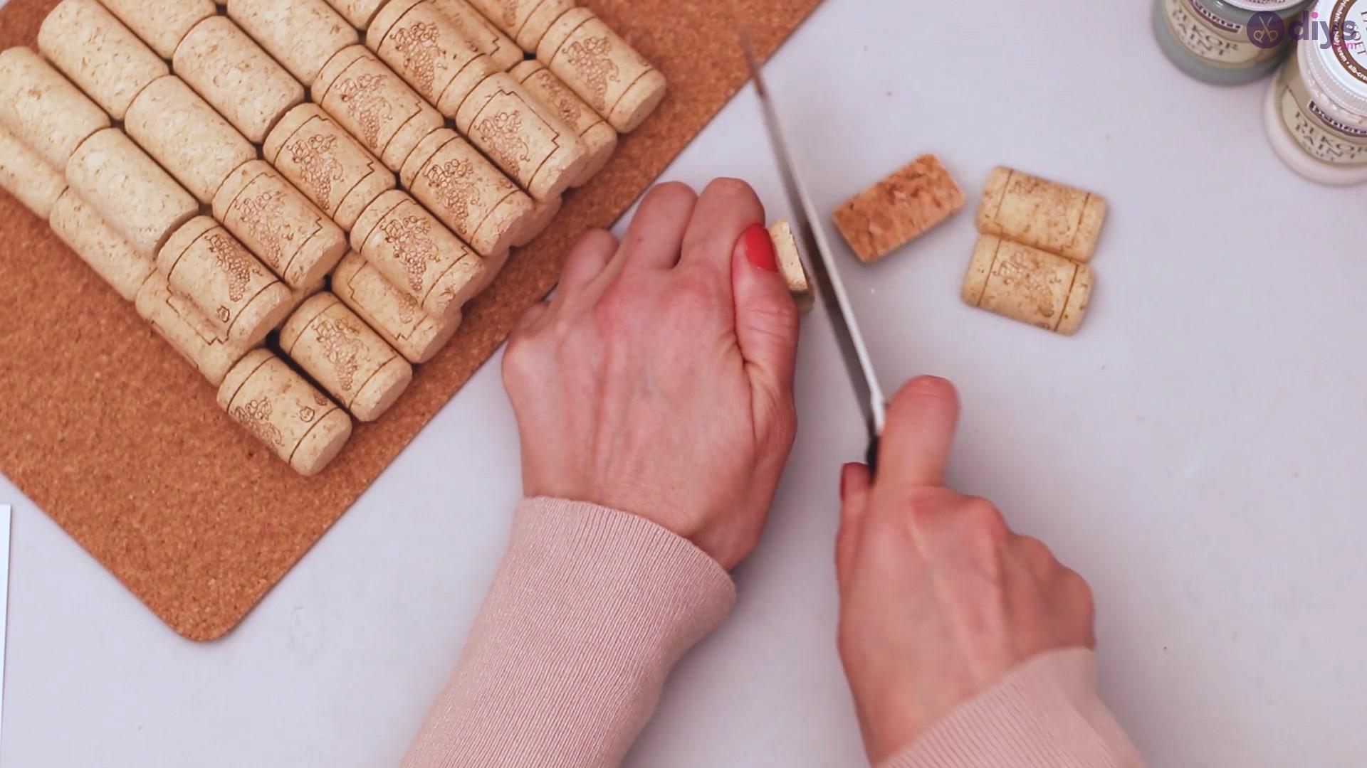 Wine cork napkin holder (3)