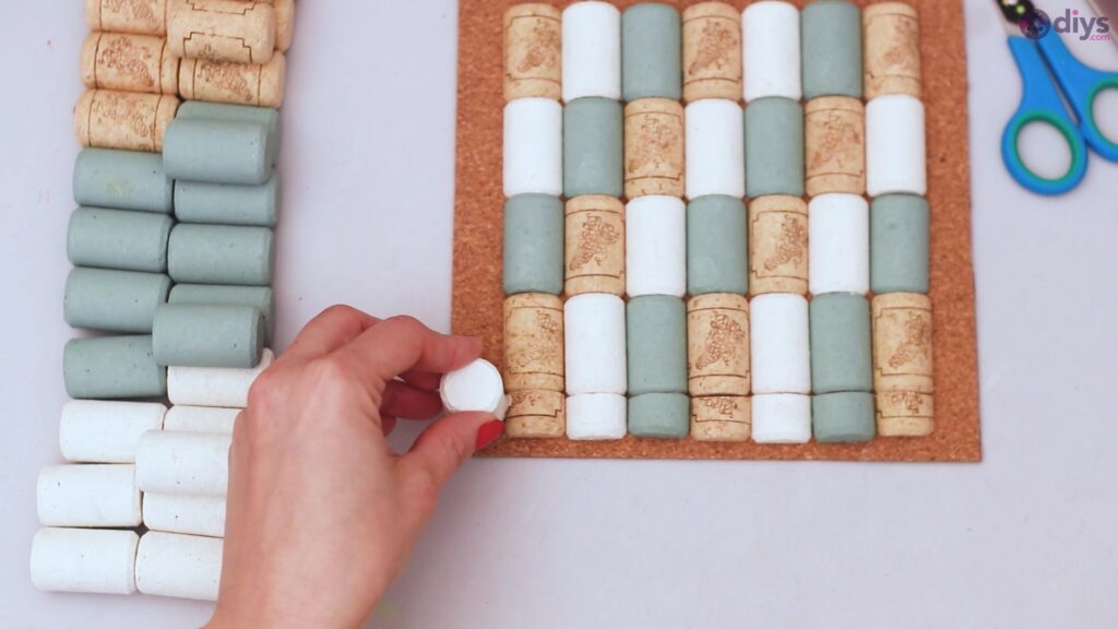 Wine cork napkin holder (36)