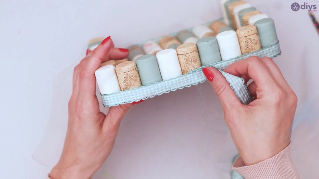 Wine cork napkin holder (46)