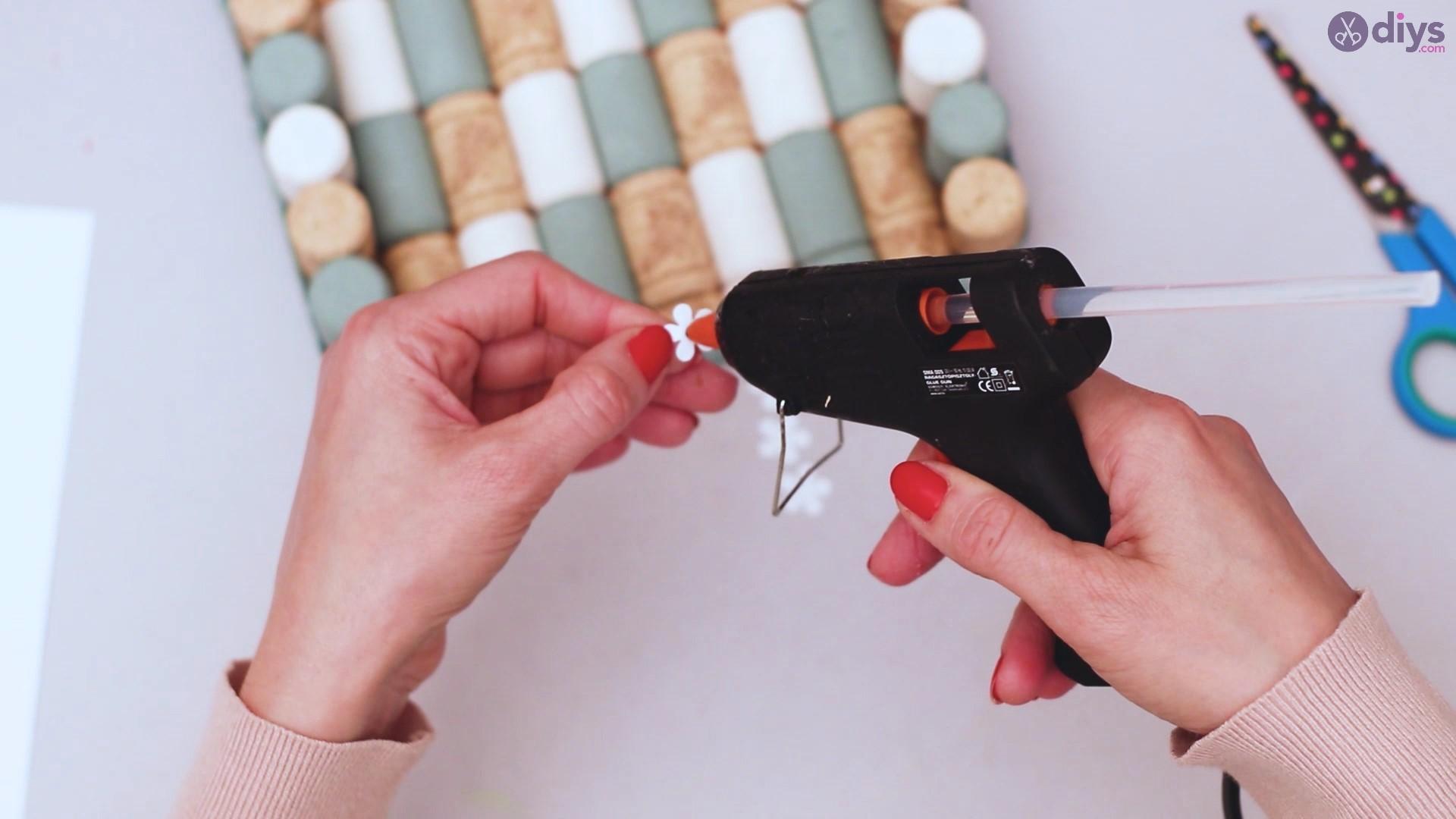 Wine cork napkin holder (51)