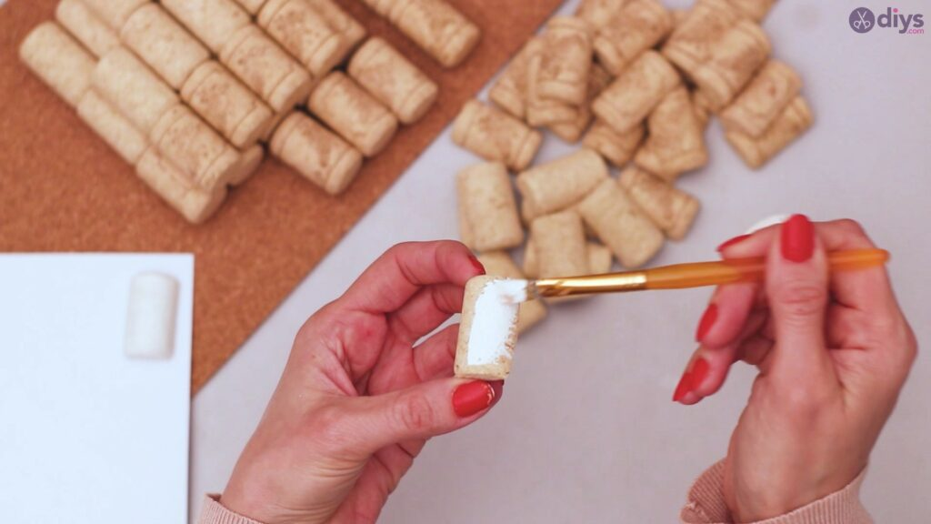 Wine cork napkin holder (8)