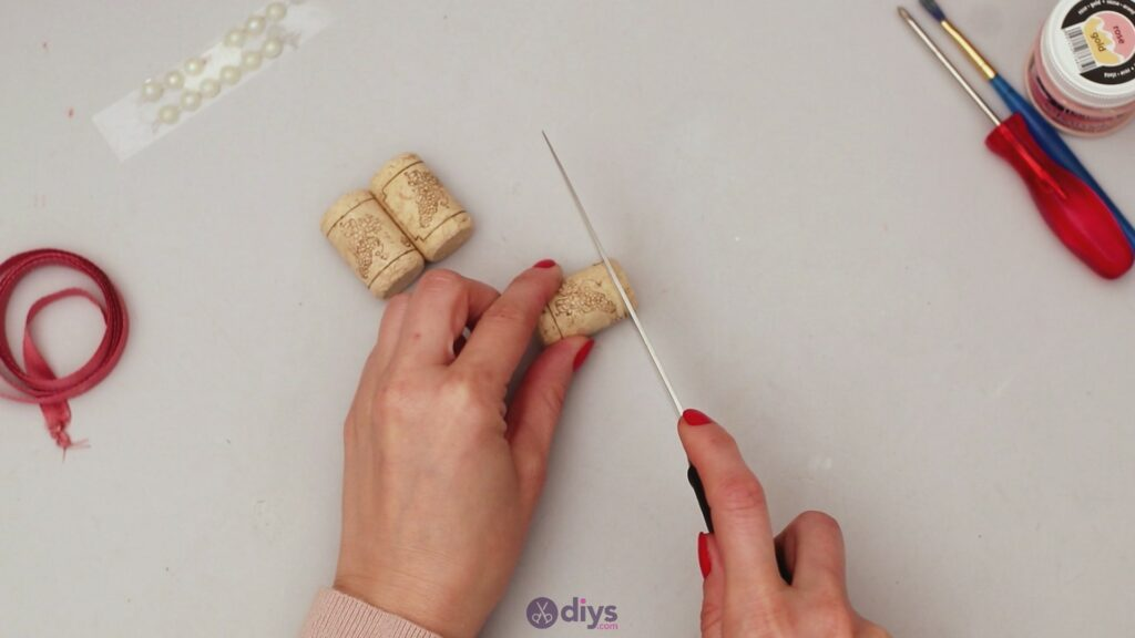 Wine cork napkin ring (1)