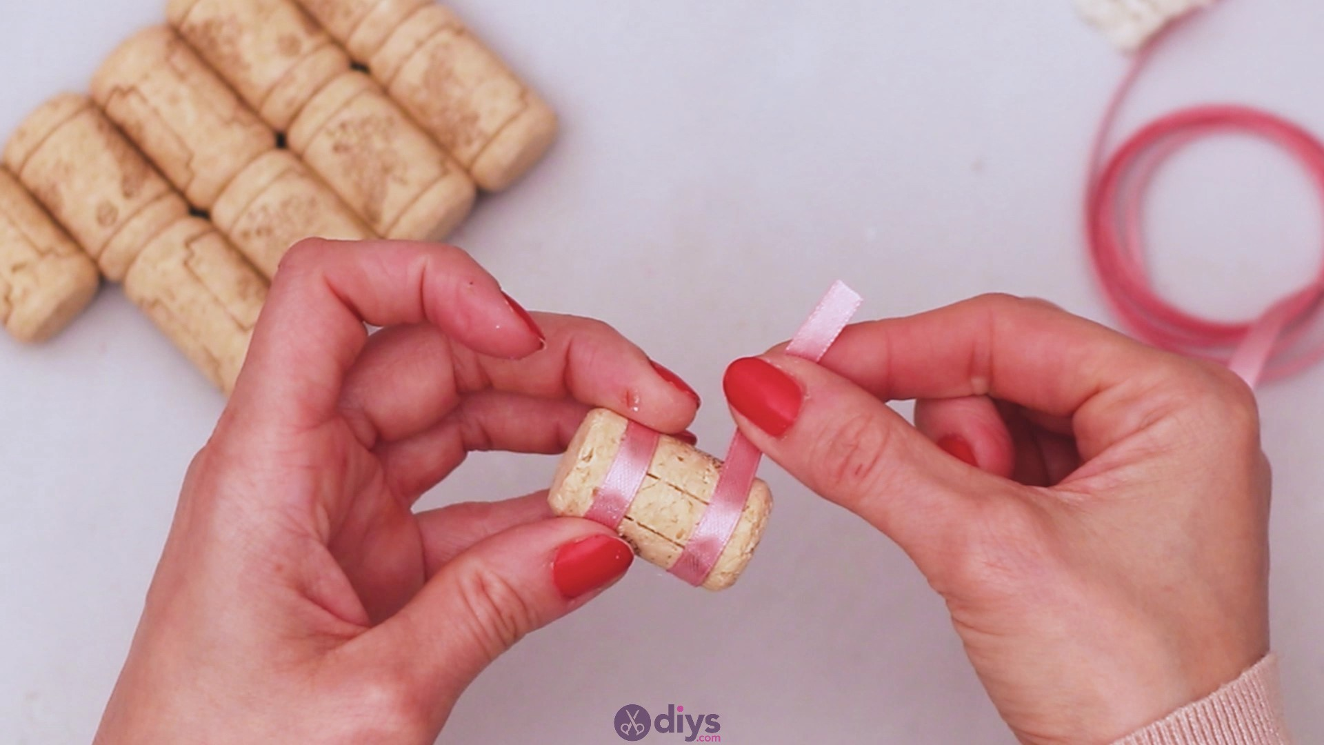 Wine cork soap rack (10)