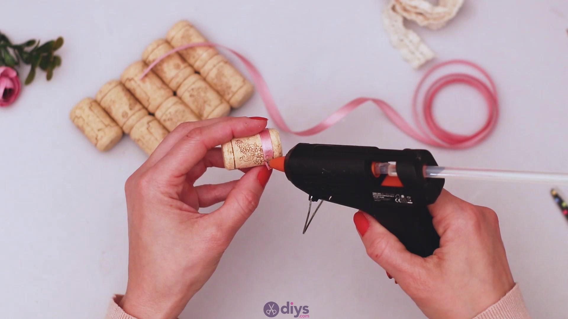 Wine cork soap rack (5)